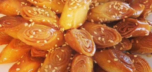 طريقة عمل حلويات لسان العصفور