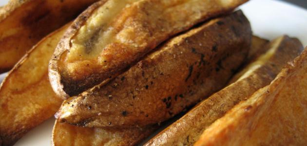 بطاطس حارة في المايكرويف