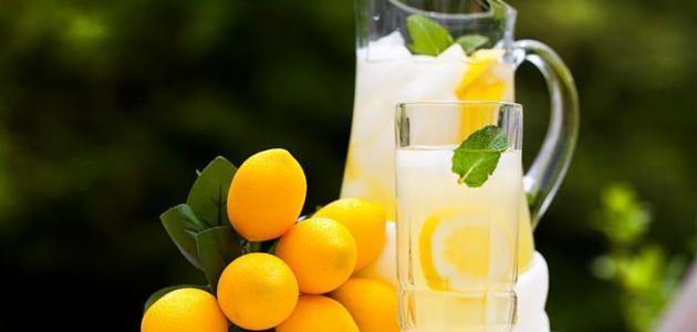 ما فوائد عصير الليمون