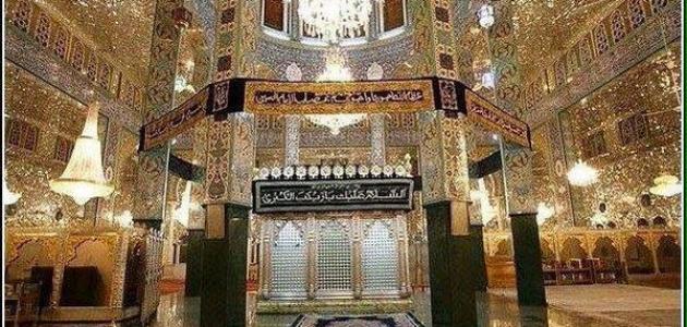 أين يوجد قبر علي بن أبي طالب